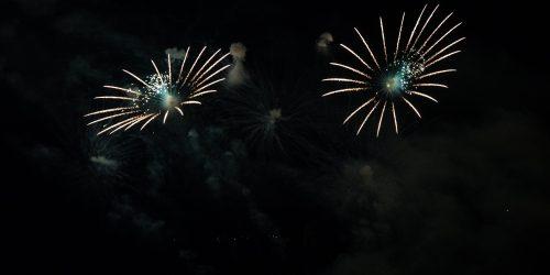 white stripes of fireworks representing SAGEA Employer Awards 2020 Photo by Ivan Zhou from Burst